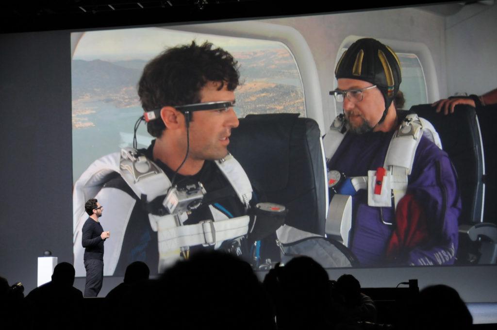 Sergey Brin apresenta o Google Glass à partir de US$ 1.500