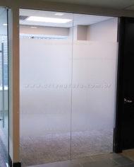 Adesivo jateado para vidro da empresa